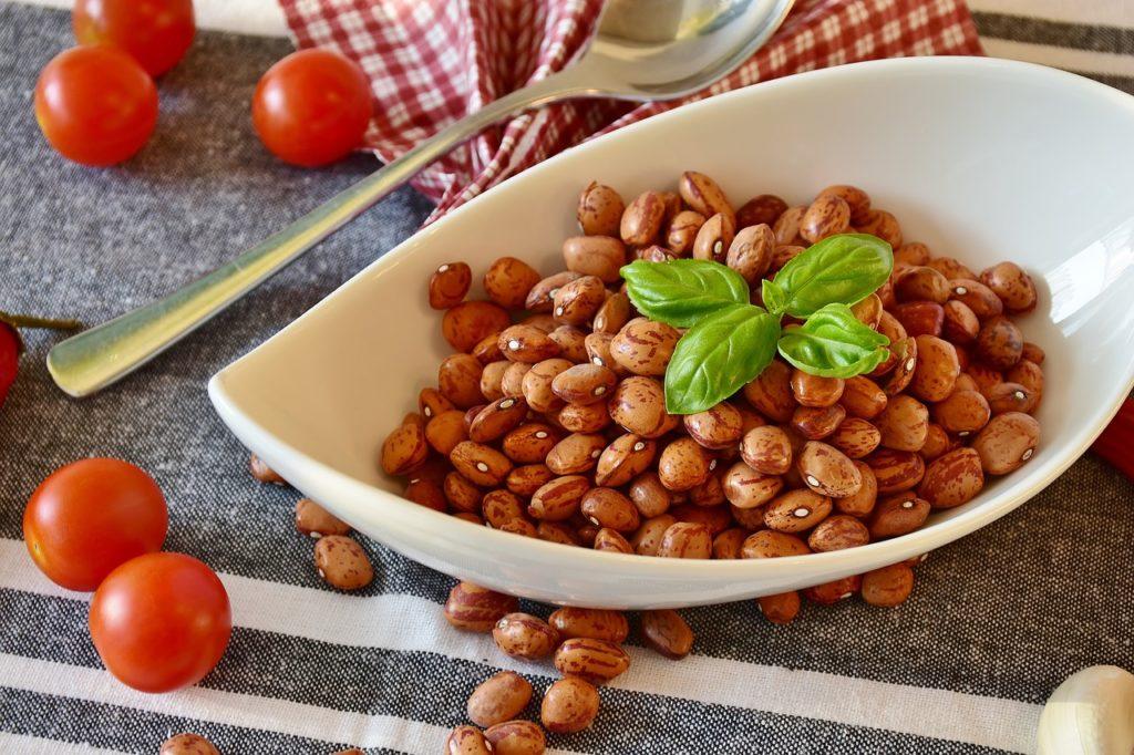 豆とトマト