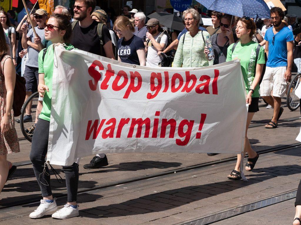 地球温暖化の抗議運動