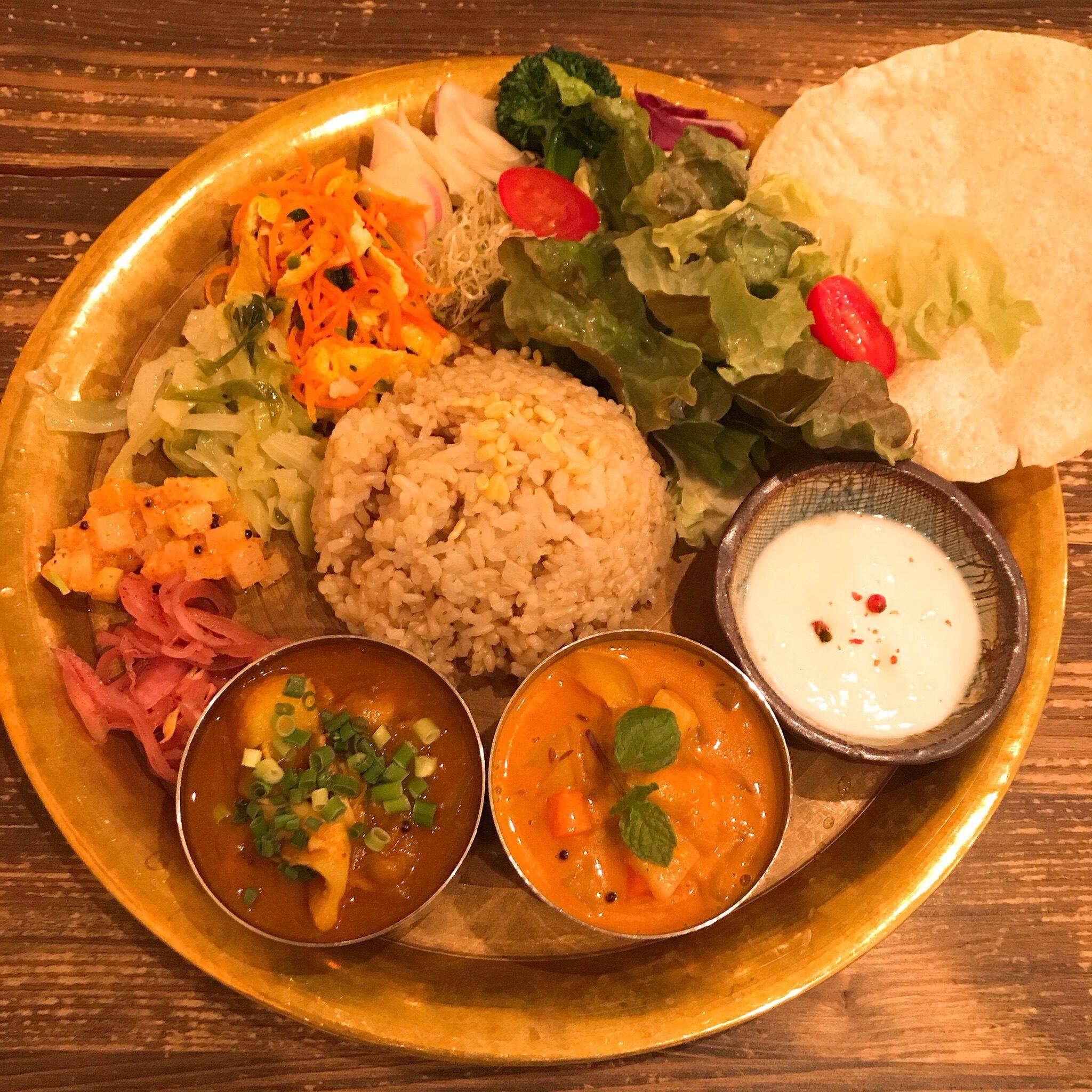 メウノータ、カレー、米、野菜