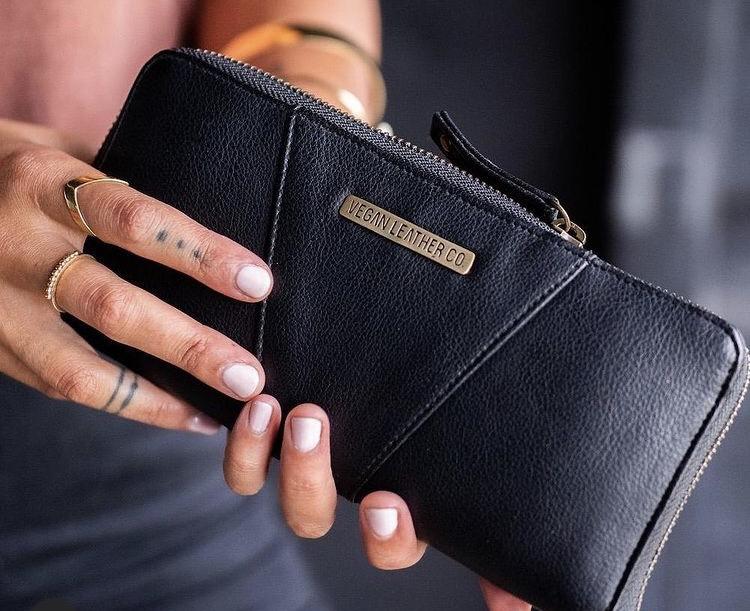 ヴィーガンレザー、財布、革